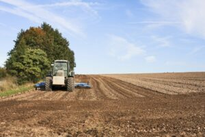 how to use a tractor cultivator