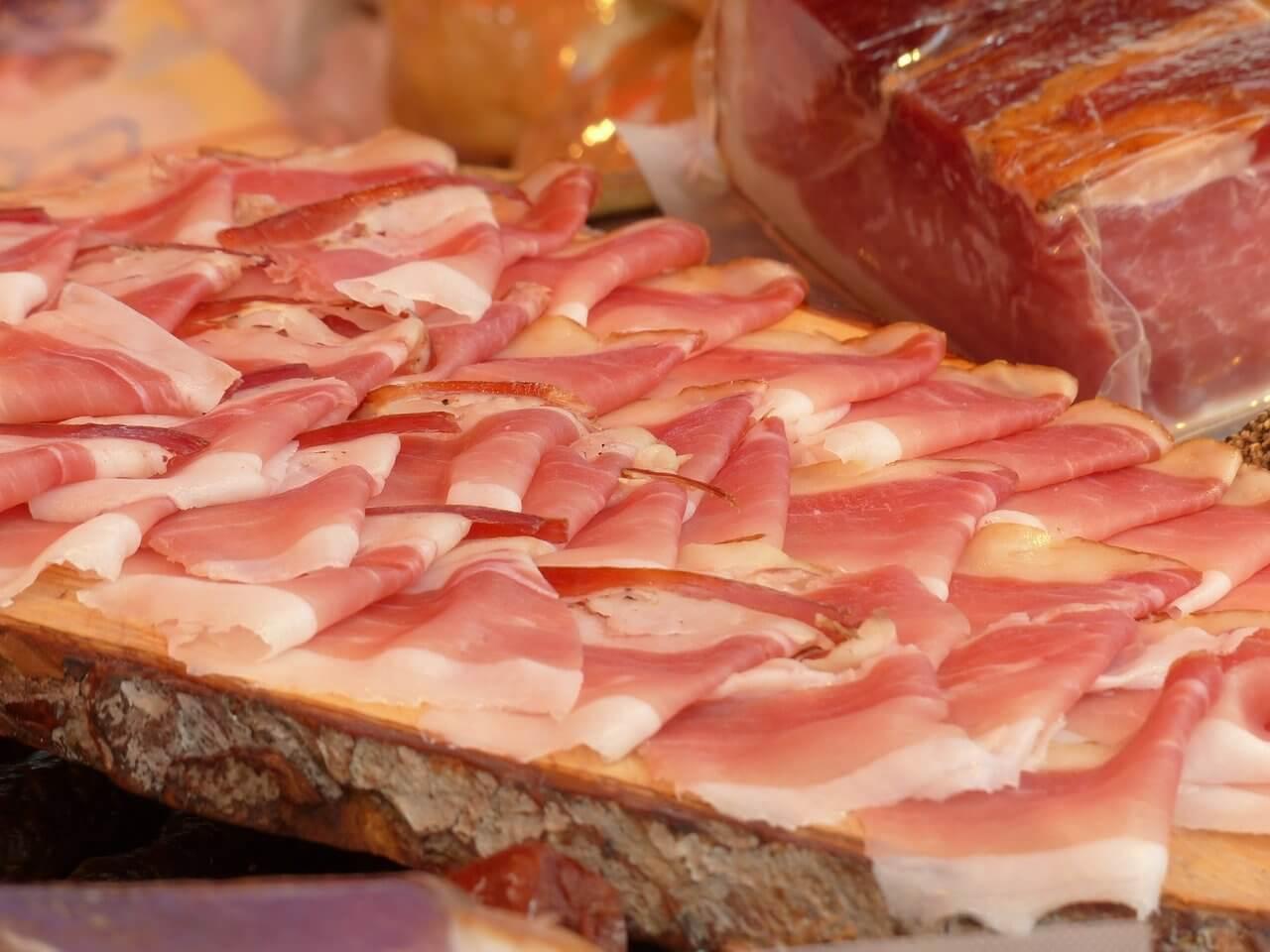farmers' market meat sales