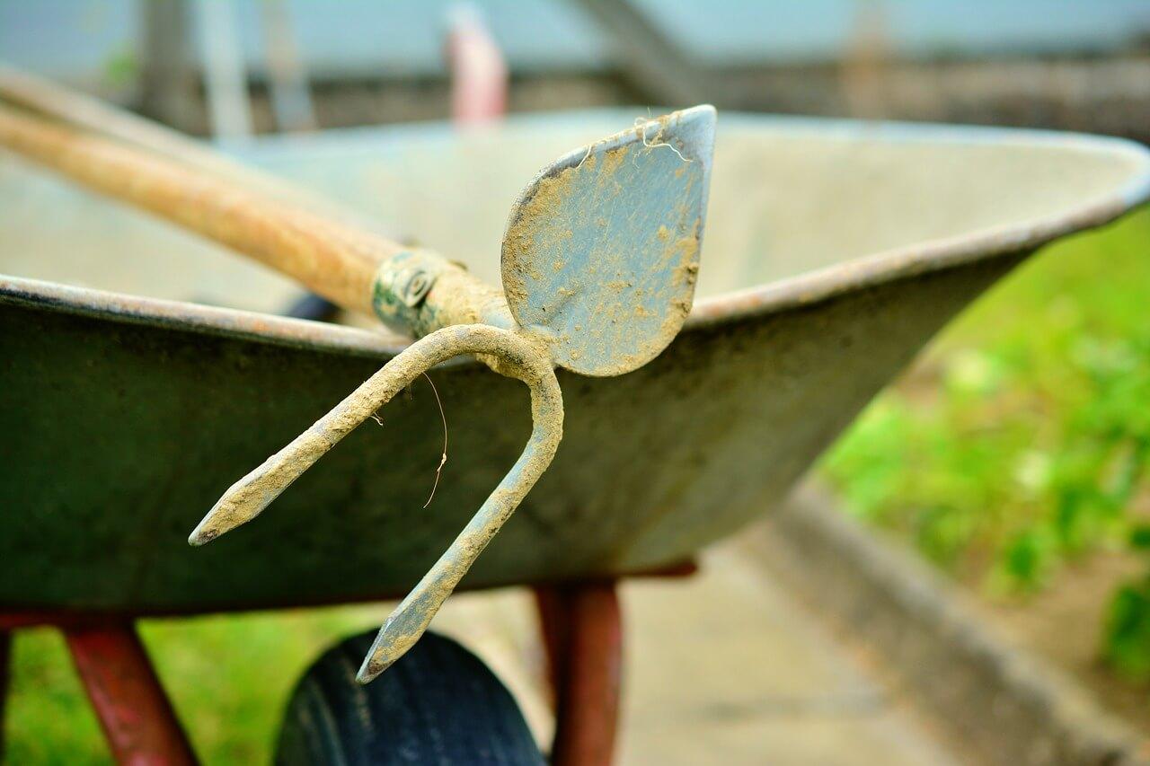 How to Store a Wheelbarrow