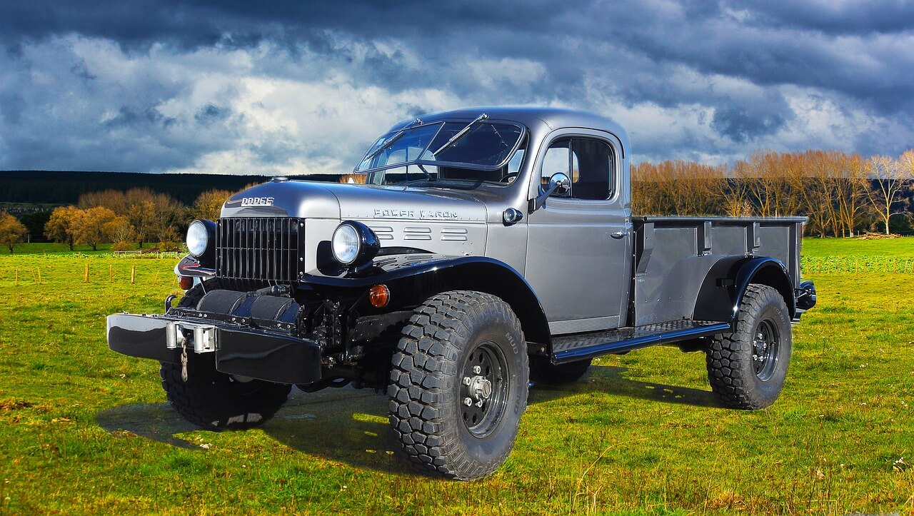 What are the Different Types of Farm Vehicle Insurance