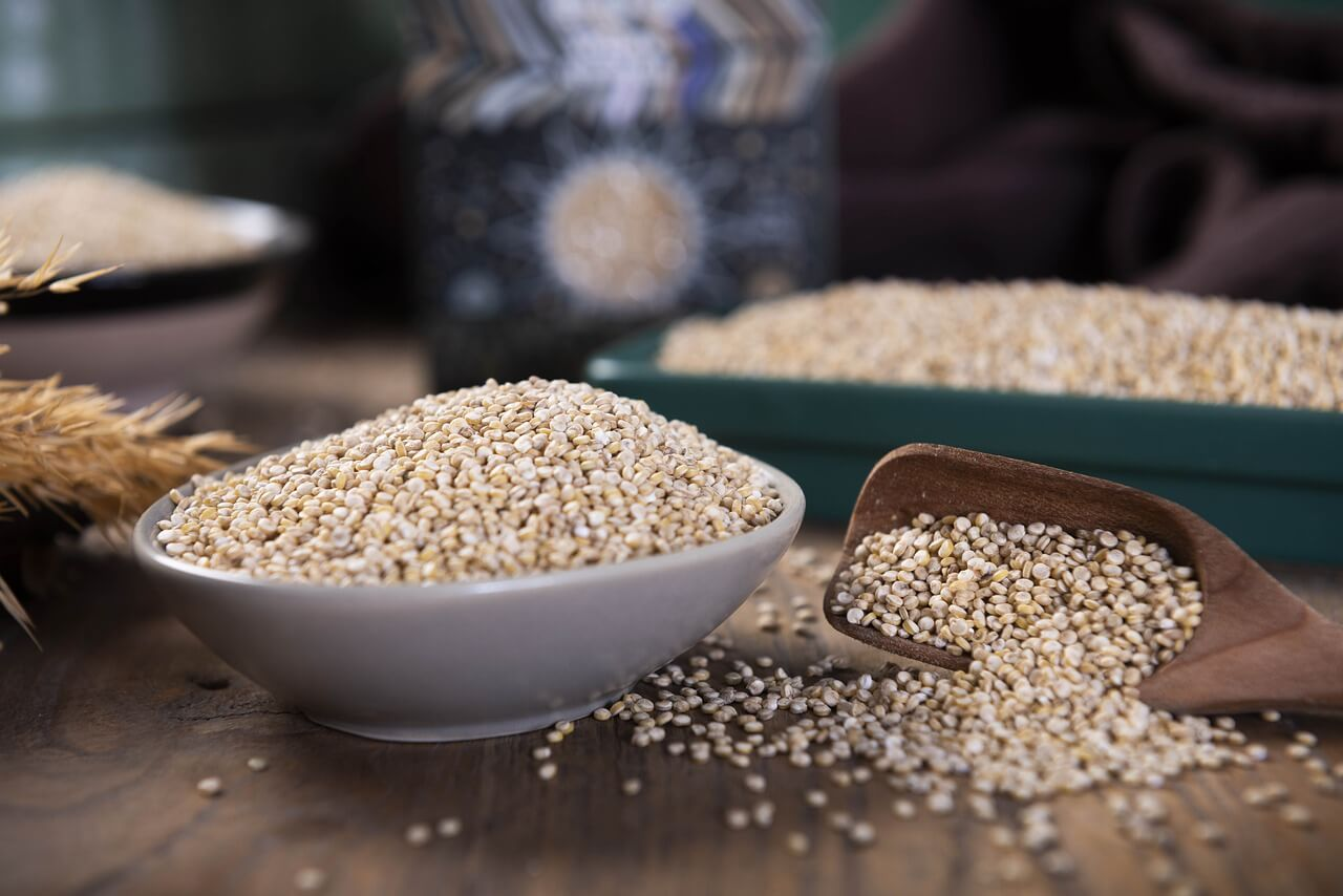 what is the difference between quinoa and couscous